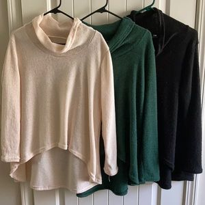 Sweaters - Bundle of Cal neck Halo sweaters